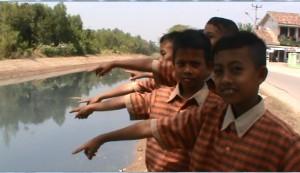 LIMBAH sungai BARUGBUG.1
