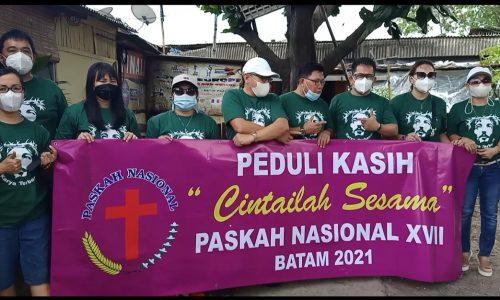 Panitia Paskah Nasional XVII Tahun 2021 Saat Mengadakan Aksi Peduli Kasih